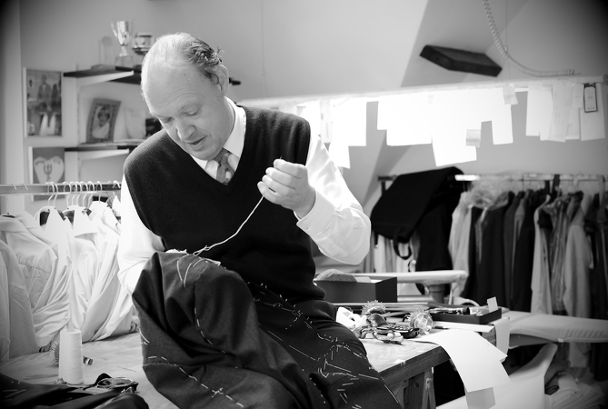 B34-Ronald-Holland-Tailor