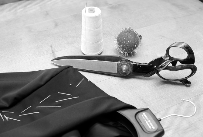 B32-Ronald-Holland-Tailor