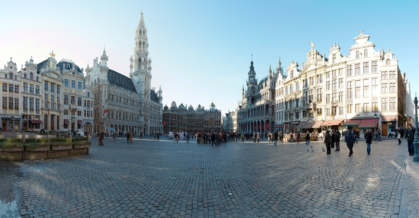 grand Place Pano 1