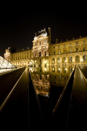 Le Louvre Paris By Night 7
