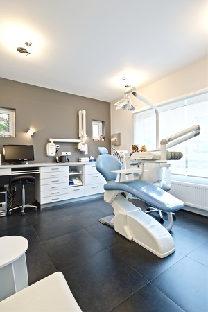 05-Dentiste-Pediatrique- Laurence-Watthe